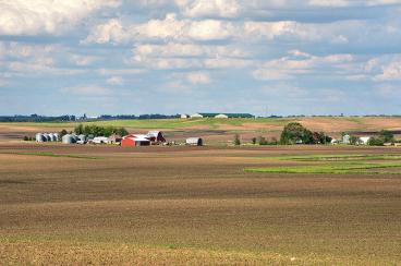 800px-rural_story_county_farmland__iowa__2011