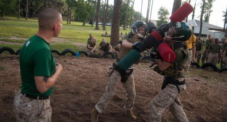 pugil-stick-fighting-parris-island-boot-camp